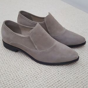 Free People grey taupe suede loafers Flaw